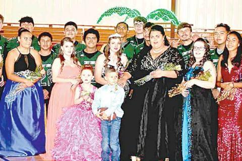 Felecia Frair crowned Graham-Dustin Homecoming Queen