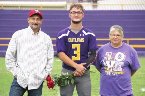 Weleetka Seniors honored