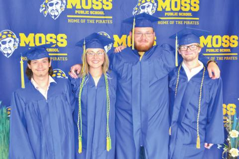 A special day for Moss seniors!
