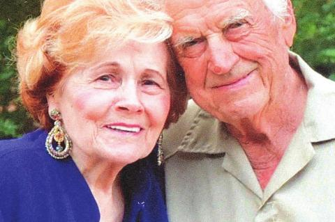 Mo and Mary Celebrate 70th Anniversary