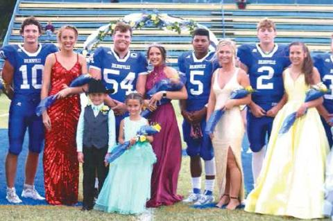 Chloe Wiseman crowned 2019 HHS Football Homecoming Queen; crowned by Brandon Giles
