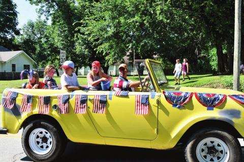 Denny & Carolyn Boren Calvin 4th of July Grand Parade Marshals