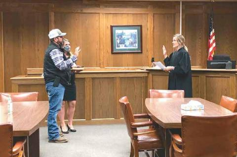 Coal Dilday sworn in as District 2 Commissioner
