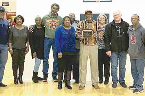 SSC Basketball Honors Area Ministers with Crusaders in the Community Award