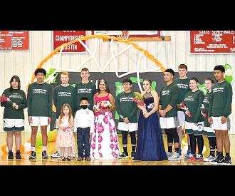 Aceslyn Proctor crowned 2021 Dustin Basketball Queen
